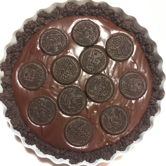 "No-bake chocolate tart with Oreo crust (feat. ""Game of Thrones"" Oreos)"